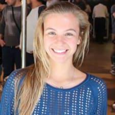 Maria Clara님의 사용자 프로필