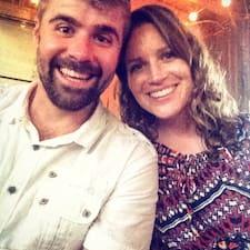 Robert And Amanda Brugerprofil