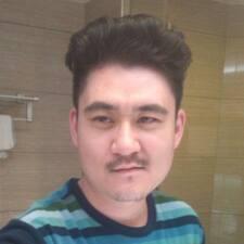 天佑 felhasználói profilja