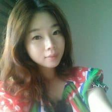 Hwa Young님의 사용자 프로필