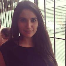 Claudia Araceli User Profile