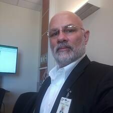 Profilo utente di Lorenzo Michael