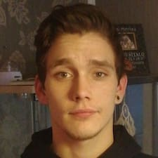 Mika felhasználói profilja