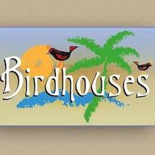 Birdhouses Luis & Lucrecia é um superhost.