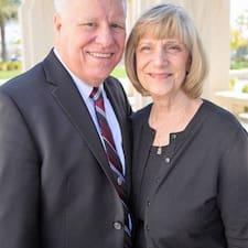 Henkilön Chris & Carol käyttäjäprofiili