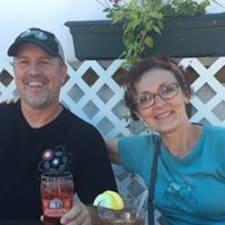 โพรไฟล์ผู้ใช้ David & Jane