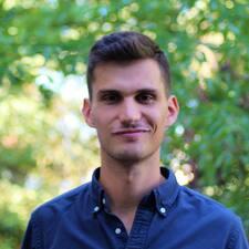 Jonathan felhasználói profilja