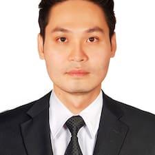 Nguyen MInh felhasználói profilja