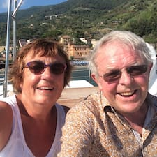 Profilo utente di Susan And Peter