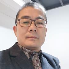 荣利 User Profile