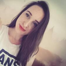 Lisa-Marie User Profile