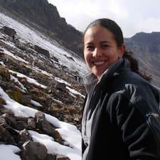 Gloria L. User Profile