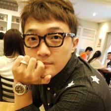 โพรไฟล์ผู้ใช้ Chen-Yi