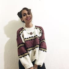 Mitzi Estefanía