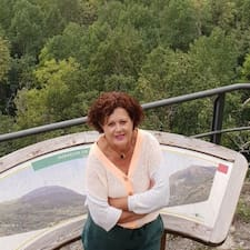 Rosa Mª er ofurgestgjafi.