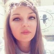 Profil korisnika Adélaïde