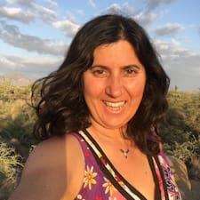 Elodie felhasználói profilja