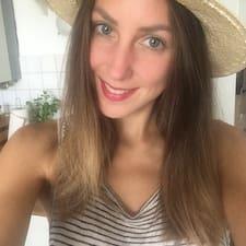Joelle-Cathérine Kullanıcı Profili