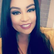 Briana felhasználói profilja