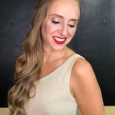 Profilo utente di Aline Lucia