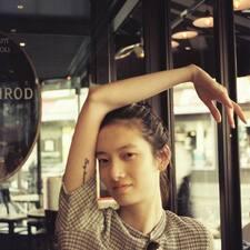 伊玟 felhasználói profilja