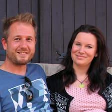 Thomas & Ruth