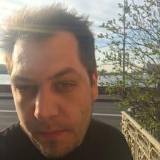 โพรไฟล์ผู้ใช้ Misha