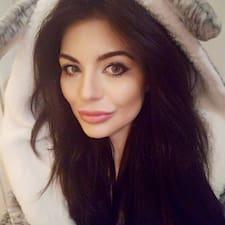 Joanna Leigh User Profile