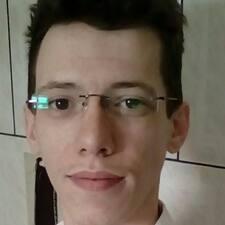 Esteffan felhasználói profilja