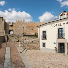 Nutzerprofil von Hotel  Puerta