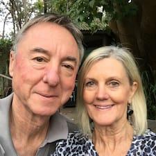 Denise & Alan is a superhost.
