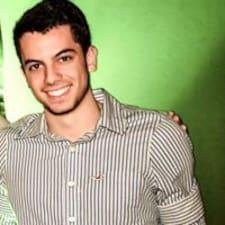 โพรไฟล์ผู้ใช้ Vitor