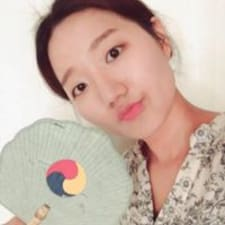 Hyeon Kyeong User Profile