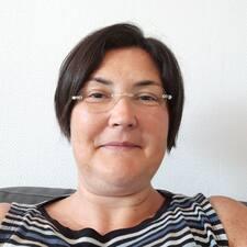 โพรไฟล์ผู้ใช้ Véronique