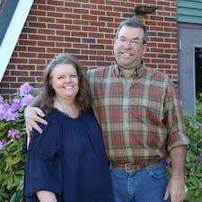 Barbara And Mark è un Superhost.