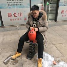 柏志 felhasználói profilja