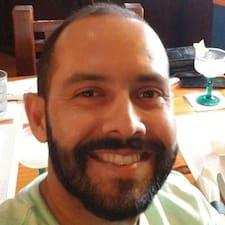 Francisco hakkında daha fazla bilgi edinin