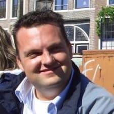 Rogier felhasználói profilja