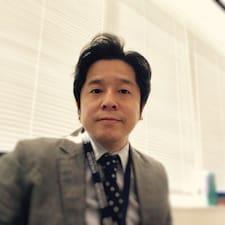 Tomoyuki Brugerprofil