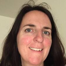Blandine felhasználói profilja