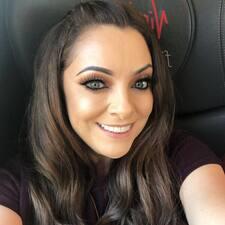 Lyndsey felhasználói profilja