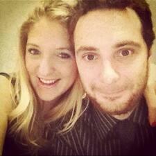 โพรไฟล์ผู้ใช้ Leticia & Matt