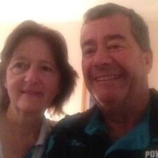 Chris & Caroline Kullanıcı Profili