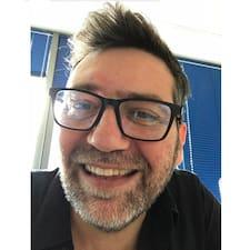 Profil Pengguna Jean Michel