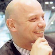Luboš felhasználói profilja