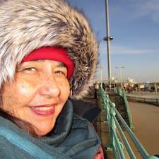 Gabriela Beatriz User Profile