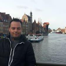 Piotrek User Profile