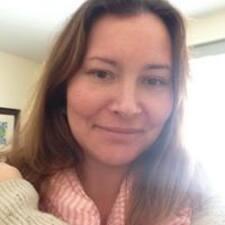 Elsbeth felhasználói profilja