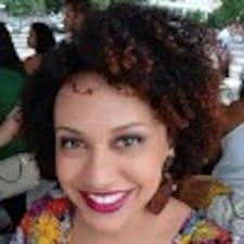 Rebeca Vitória User Profile