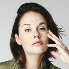 Sarah-Édithさんのプロフィール